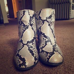 Snakeskin Women's Booties Size 8